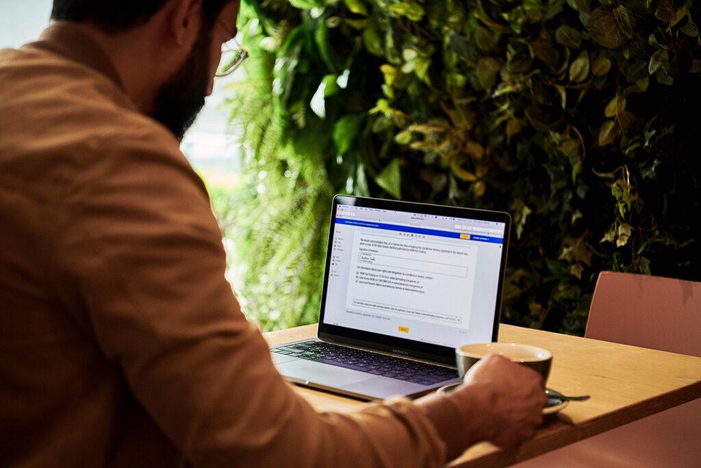 Solutions GED : Simplifier la gestion de vos contrats avec Open Bee