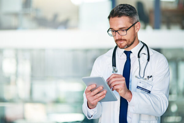 Eliminate paper for greater healthcare staff's productivity
